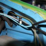 Wie baut man eine hydraulische Leuchtweitenregulierung am Ducato Typ 290 ein?