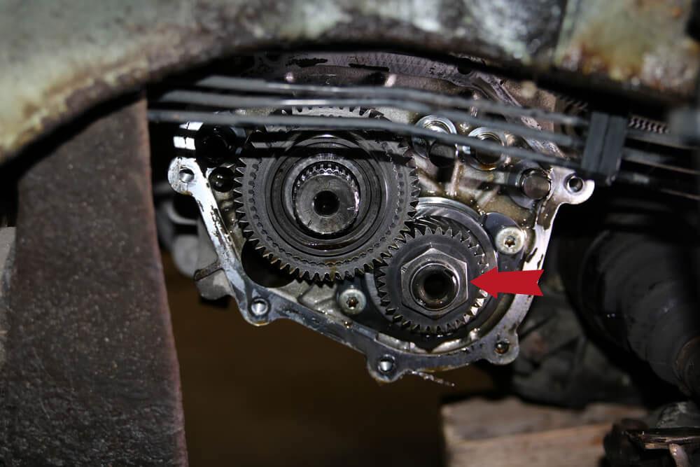 Mutter am Getriebezahnrad Ducato Typ 244 - Ducatoschrauber