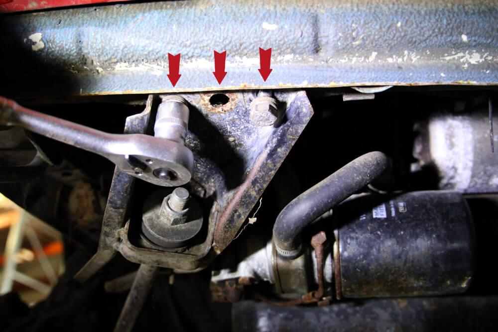 Stabilisator lösen - Zahnriemen wechseln Fiat Ducato Typ 290 - ducatoschrauber.de